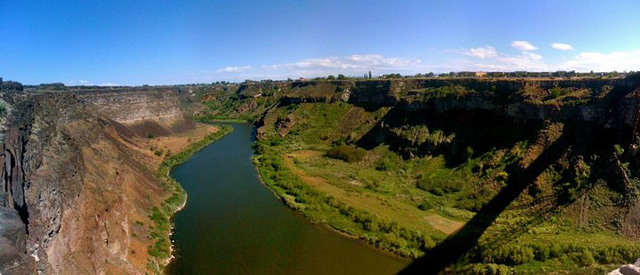 snake-river-canyon